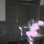Room 11 - Ensuite Bathroom