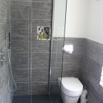 Room 4 Family Suite - Ensuite Bathroom