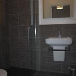 Room 6 - Ensuite Bathroom