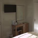 Room 8 - King/Twin
